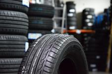 Vasaras riepas Bridgestone T001 185 / 65 R15 H 88