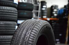 Vasaras riepas Bridgestone T001 EVO 195 / 65 R15 H 91