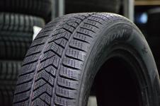 Ziemas riepas Pirelli SCORPION WINTER 235 / 65 R19 V 109